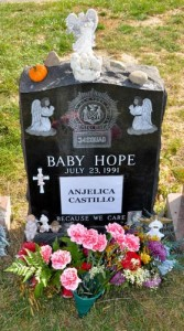 The headstone of Baby Hope now bears the name of Anjélica Castillo. Photo: QPHOTONYC