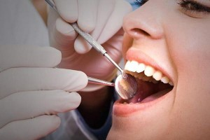 Periodontal disease is often linked to the control of diabetes.
