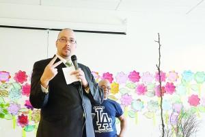 """""""Queremos asegurarnos de que haya un enfoque en el Bronx y en el Distrito 9"""", dijo el senador estatal Gustavo Rivera."""