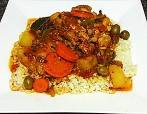 A favorite recipe: pollo guisado.