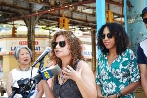 """""""[Este] es un tesoro increíble"""", dijo Elena Martínez de Bronx Music Heritage Center."""