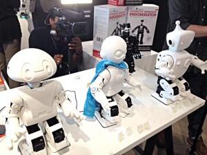 Los robots fueron llevados a la vida usando una impresora 3D.