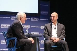 Derek Jeter habló uno-a-uno con el CEO de Steiner Sports, Brandon Steiner.