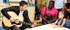 Jamming with Jonas<br />Sesión musical con Jonas
