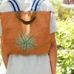 Concalma La Tienda es conocida por sus bolsos de tela hechos a mano.