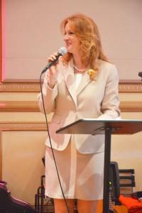 """""""Somos grandes triunfadoras"""", dijo Eileen Guzzo, presidenta y directora general de la Corporación Donnelly and Moore."""