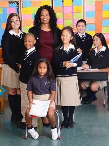 La escuela atiende a estudiantes de UPK hasta el octavo grado.