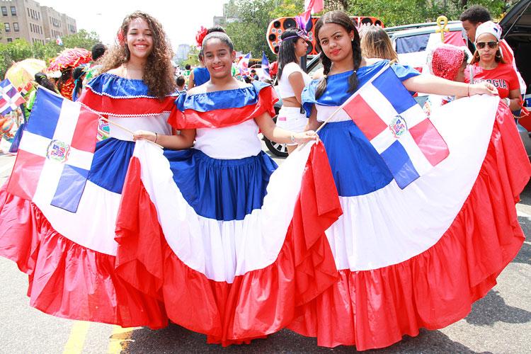 (From left to right): Carolina Rodríguez, Beatrice Sánchez, and Krystal Vargas.