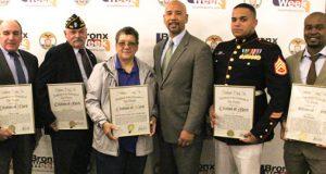 Honoring hometown heroes<br>Honrando a los héroes locales