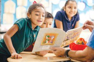 Schoolchildren will receive new children's books.