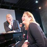 The two elected officials share a lighthearted moment at the piano. Photo: William Alatriste | NYC Council