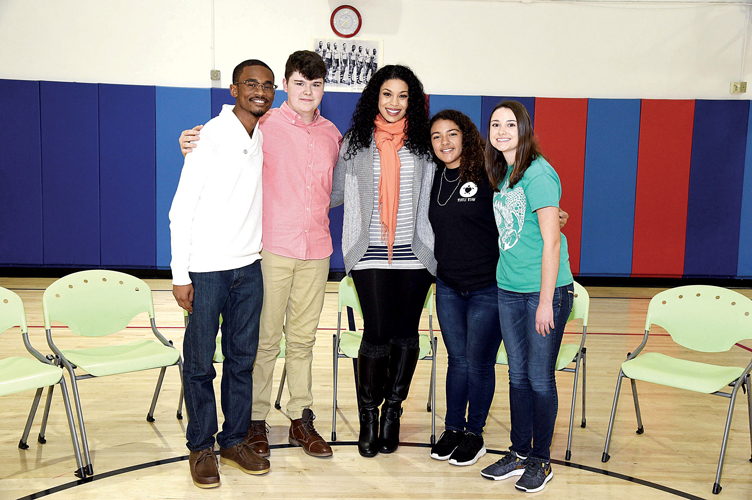 Jordin Sparks visited with winning youths. Photo: Bill Davila