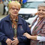 La asambleísta Carmen Arroyo y la vicepresidenta deAdministración, María del Carmen Arroyo.