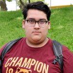 """""""Creo que las admisiones deben estar completamente basadas en el mérito"""", dijo Steven Torres, estudiante de Ciencias del Bronx.."""