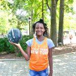 """""""Es para todos, así que está bien"""", dijo Miangel Jones, de 11 años."""