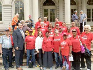 Miembros de AARP apoyan la expansión.