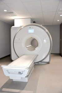 The 3T MRI scanner produces more detailed images.