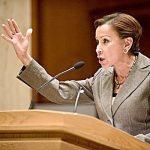 La Congresista Nydia Velázquez.