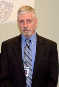 """""""Somos la tercera clínica de capacitación más grande de los Estados Unidos"""", señaló Lawrence Siegel, decano de la Escuela Ferkauf de Posgrado de Psicología."""