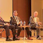El panel de la mañana contó con (desde la izquierda) el presidente del Miami Dade College, Dr. Eduardo Padrón; el presidente de Queens College, Dr. Félix Matos Rodríguez; y el presidente de Lehman College, Dr. José Luis Cruz.